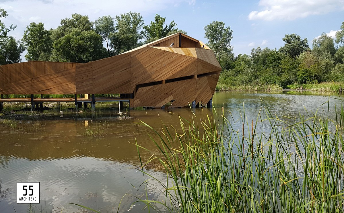 A post-mining site in the village of Bobrowisko in Poland, which was used for sand and gravel extraction, was reclaimed and covered by natural succession and has recently been transformed into a tourist attraction. The architects are 55Architekci.